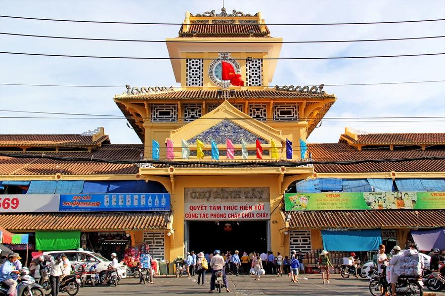 Kết quả hình ảnh cho Binh Tay market