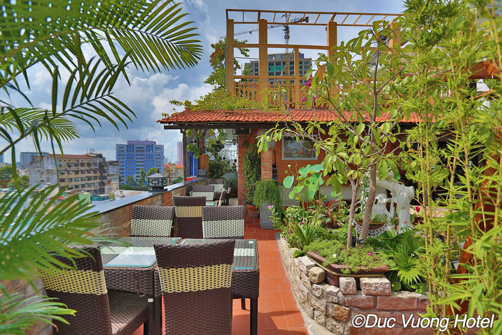The View Rooftop Bar at The Duc Vuong Hotel - Guide Vietnam