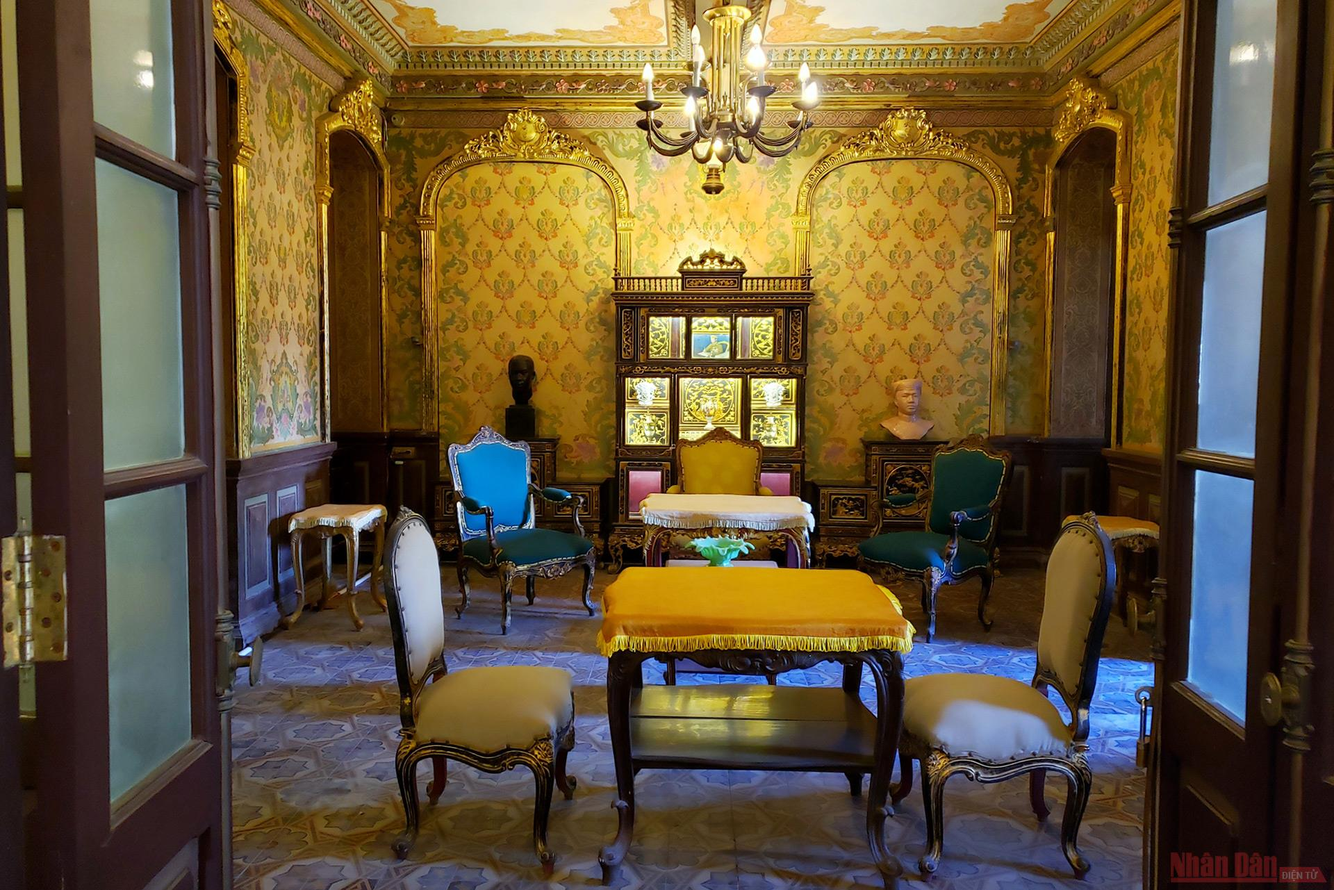 Hue palace, European style meets Asian tradition